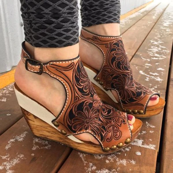 Upawear Wedge Print Faux Leather Sandals