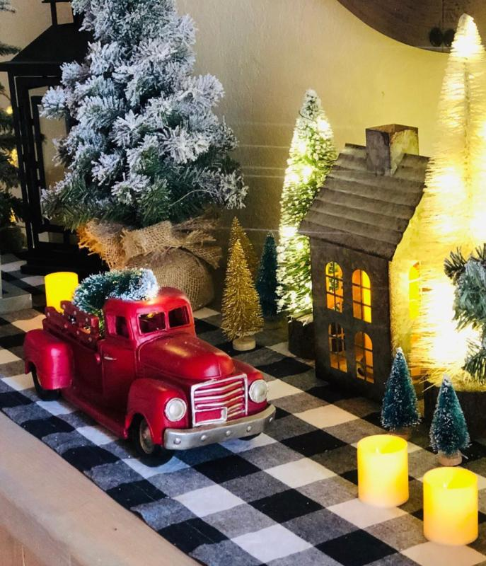 Red Truck Christmas, Old Timey Christmas Truck