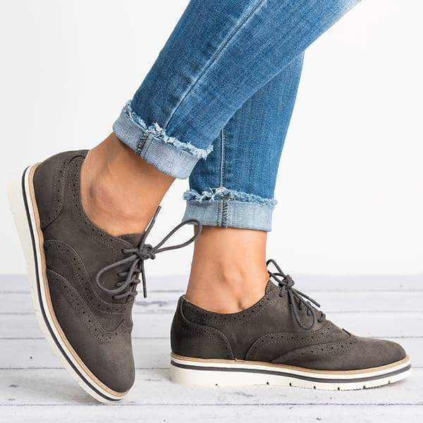 Zoeyootd Lace Up Perforated Oxfords Shoes