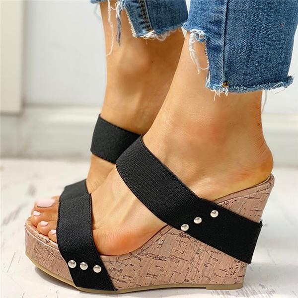 Upawear Rivet Detail Platform Wedge Sandals