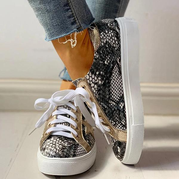 Bonnieshoes Lace-Up Star Pattern Casual Sneakers