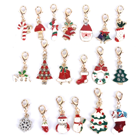 19-piece set of Christmas keychains and keyrings