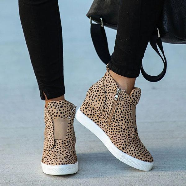 Faddishshoes Extra Mile Wedge Sneakers