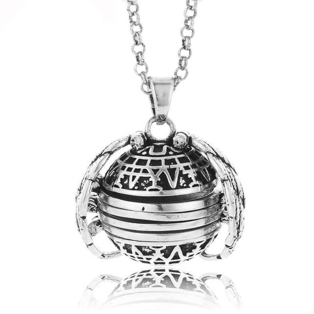 Christmas Pre-Sale - Multi-layer Photo Creative Necklace