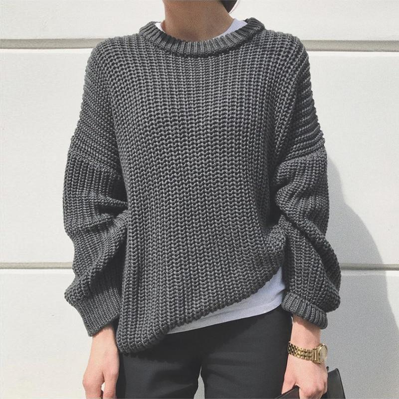 Women's fashion oversized pullover knitted sweater for fall/winter
