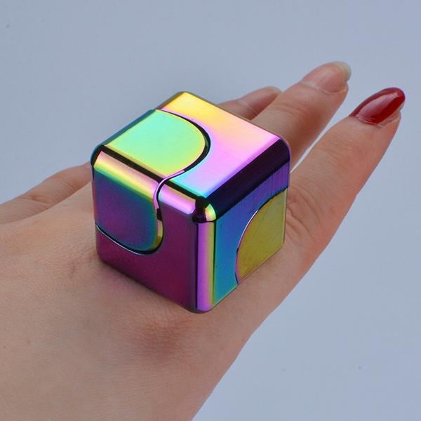 Fingertip Gyro Cube Spinner( With gift box🎁)