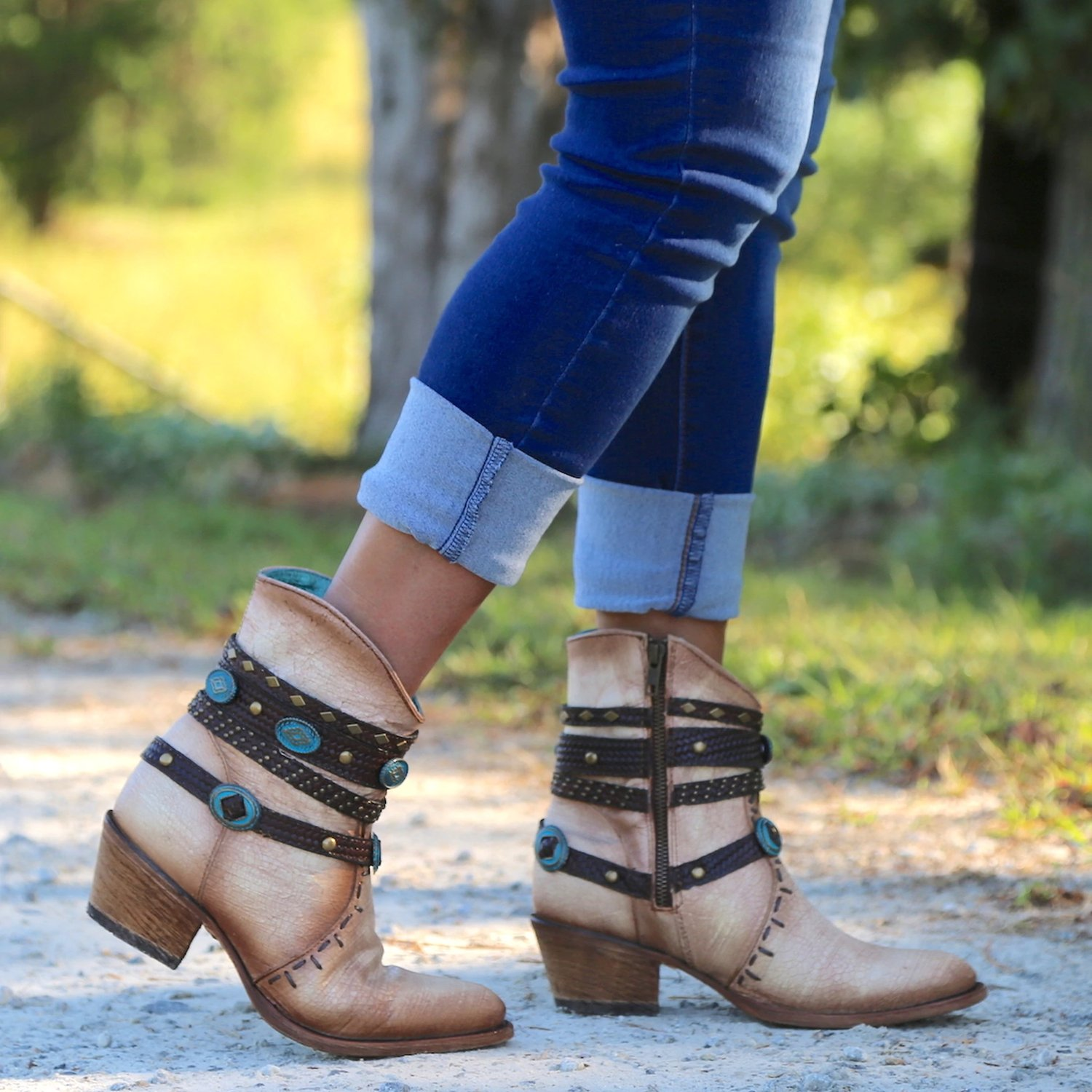 Women Lace-Up Chunky Heel Short Boots Western Boots