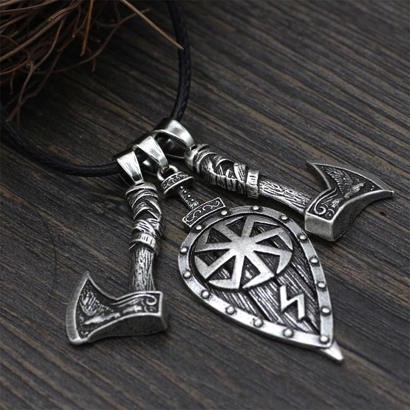 Double Axe Leaf Vintage Pendant Necklace