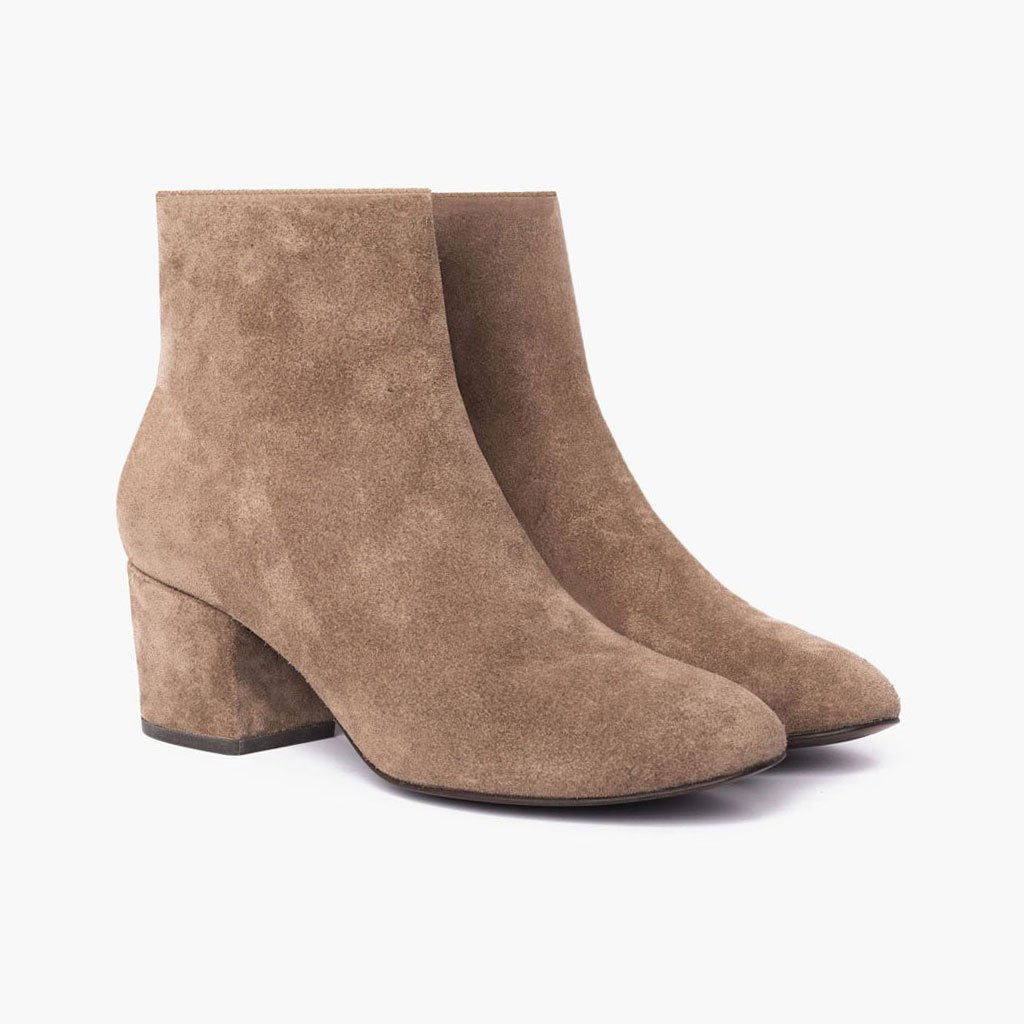 Bonnieshoes Fashion Faux Suede Closed Toe Heeled Boots