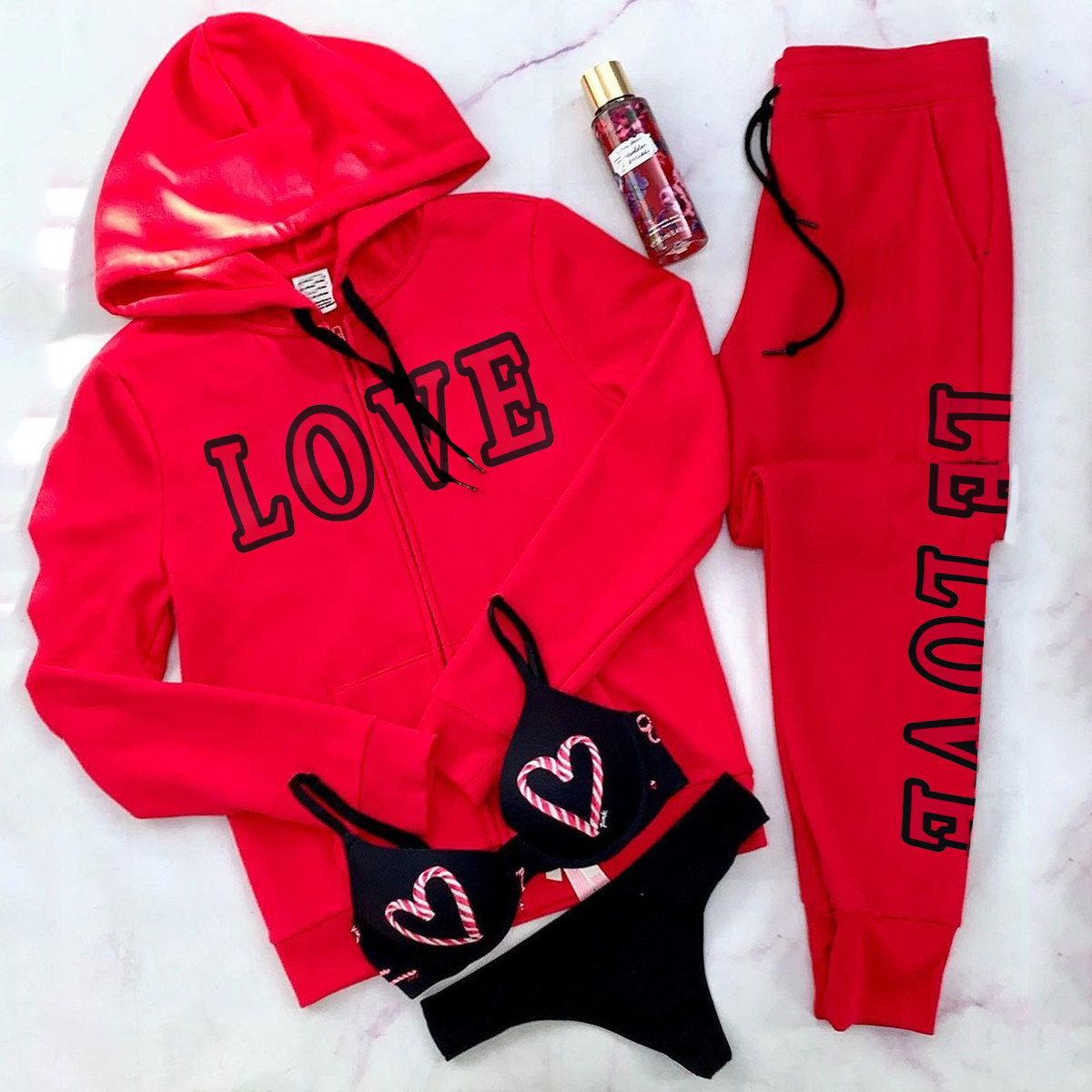 Sports hooded loose female yoga set(Underwear is not included)