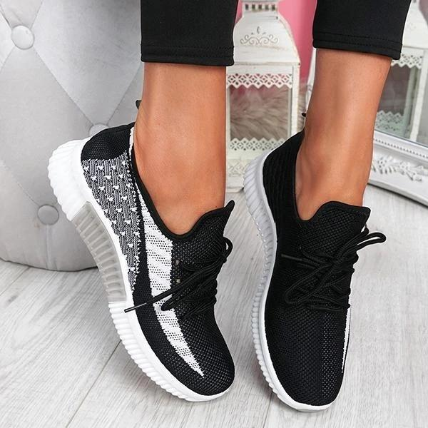 Twinklemoda Breathable Lightweight Lace-Up Sneakers
