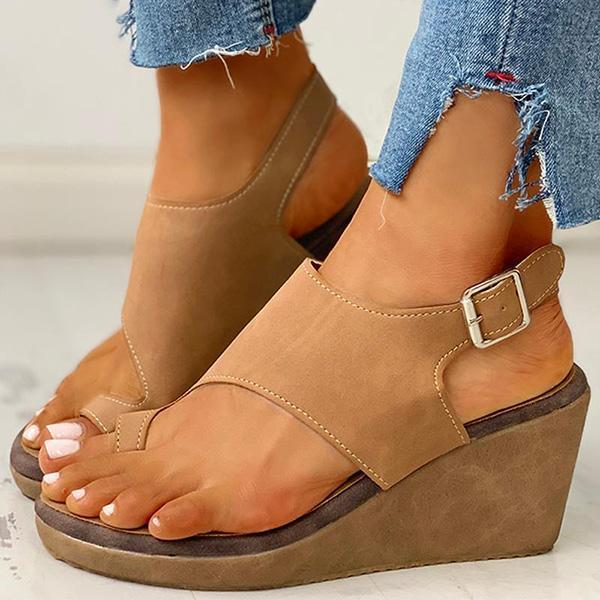 Bonnieshoes Toe Ring Cutout Slingback Sandals
