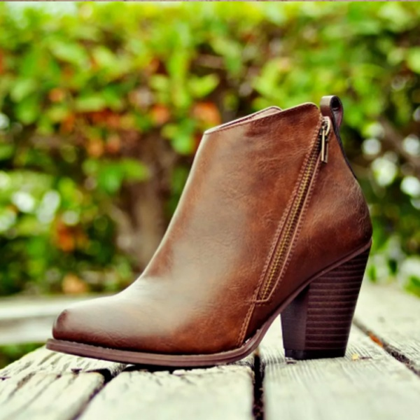 New Arrival Women Fashion Boots Thick Heel Zipper Shoes Autumn Winter Boots Ladies Leather Booties Female Ankle Shoes Plus Size