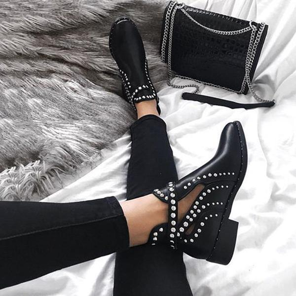 Zoeyootd Daily Black Adjustable Buckle Rivet Boots
