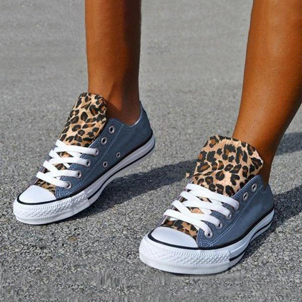 Mokoshoes Lace-Up Canvas Leopard Flat Heel Casual Sneakers