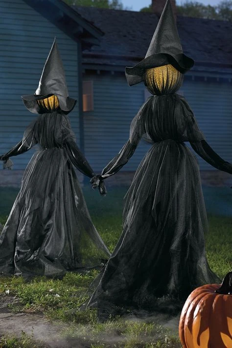 🔥Visiting Light-Up Witches with Stakes-Set of 3🔥