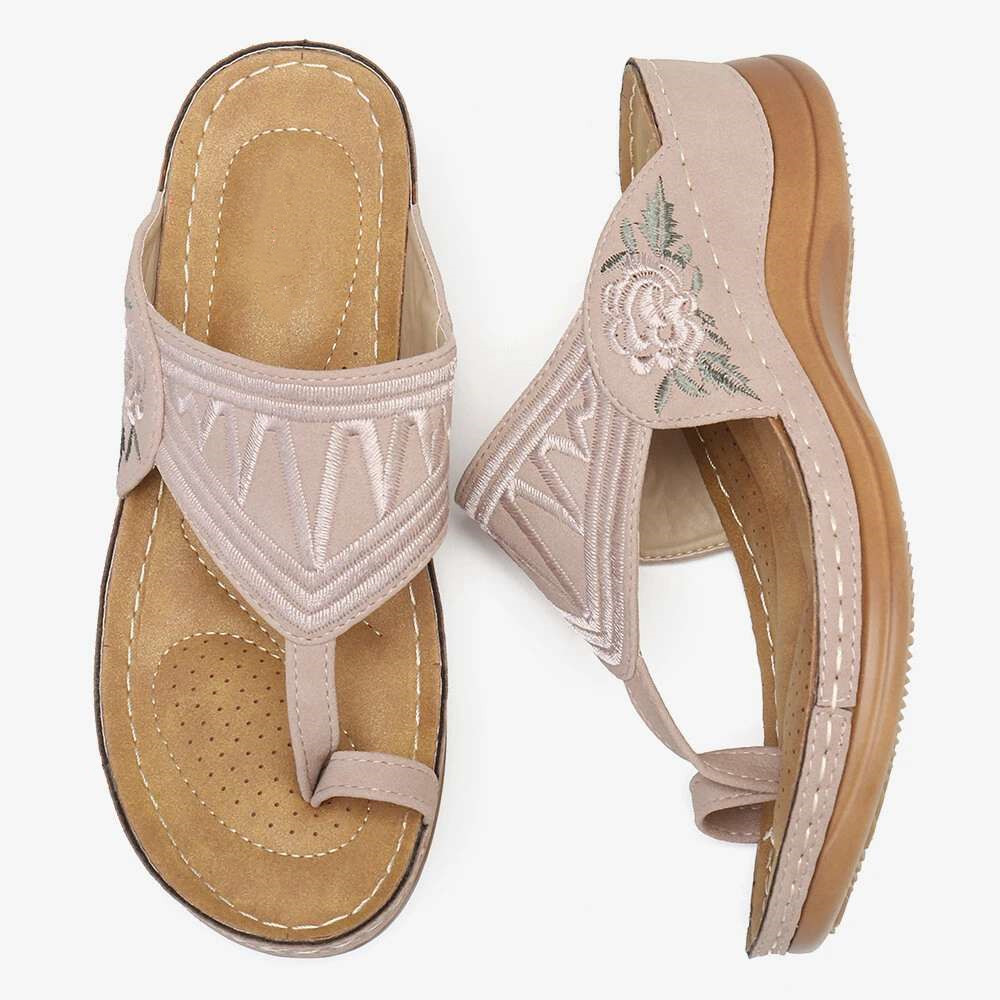 Hand-embroidered comfortable wedge sandals (Limited time offer!)