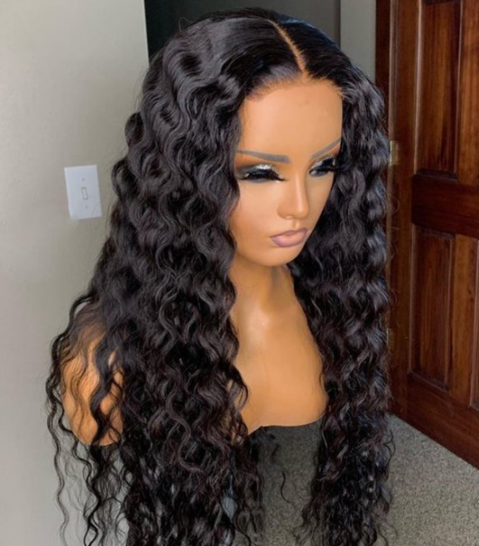 Undetectable Dream Swiss Lace Big Curly 360 Lace Wig Pre-Plucked Natural Hairline 360 Lace Frontal Wigs