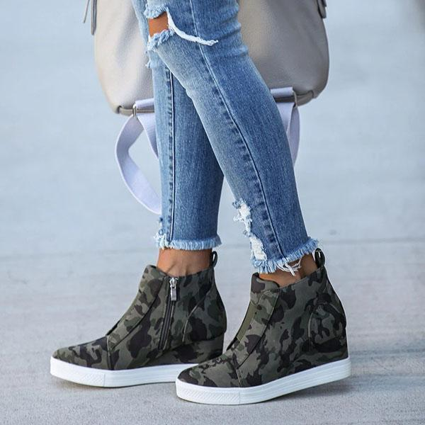 Upawear Extra Mile Wedge Sneakers
