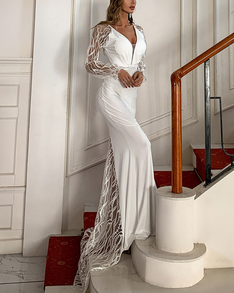 Lace Long Sleeve Slim V-Neck Evening Gown