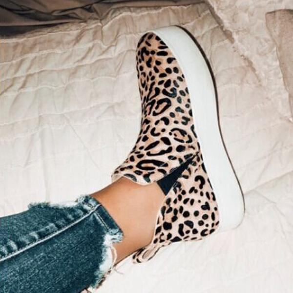 Bonnieshoes Women Leopard Casual Sneakers