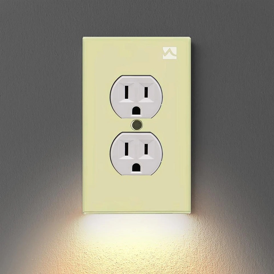 🔥$6.99 🔥OUTLET WALL PLATE WITH LED NIGHT LIGHTS-NO BATTERIES OR WIRES [UL FCC CSA CERTIFIED]