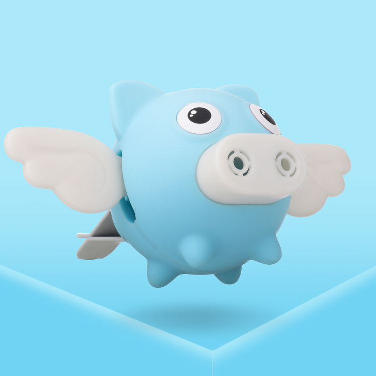 Car Small Flying Pig Perfume