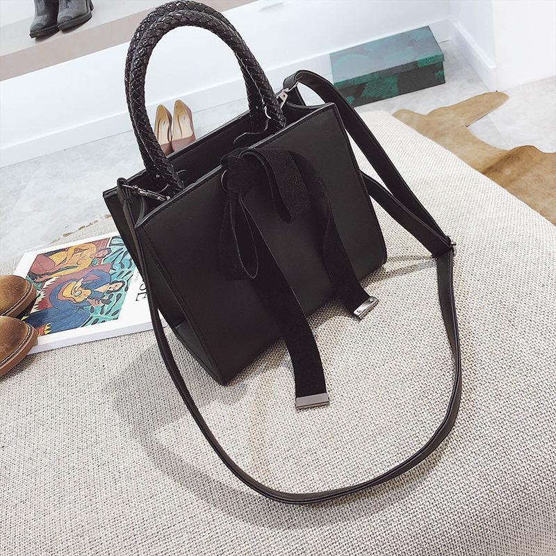 French branded female lady handbag with bowknot