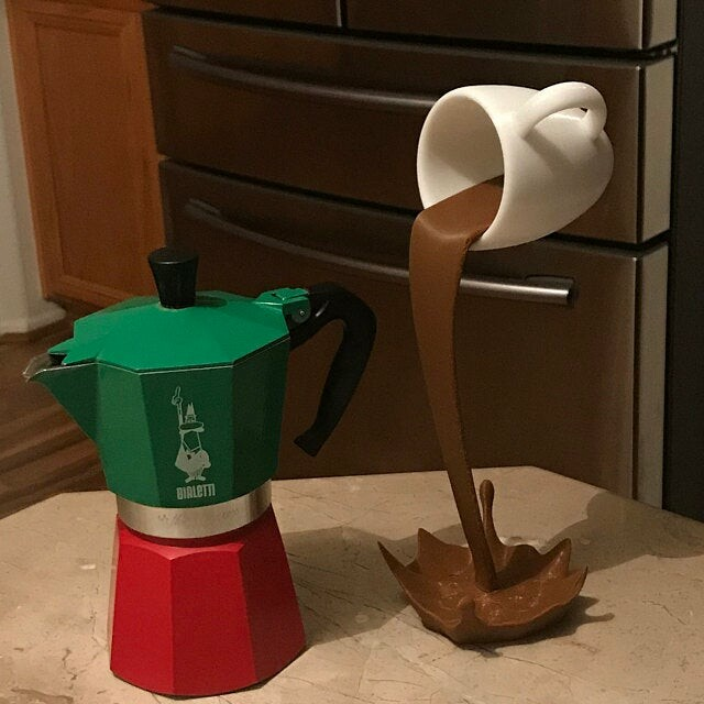 Amazing coffee cup, surprise others