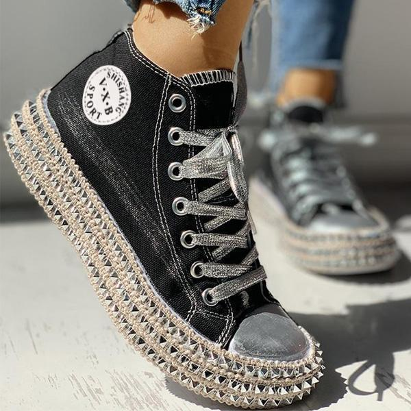 Zoeyootd Fashion Leopard Rivet Embellished Lace-Up Sneakers