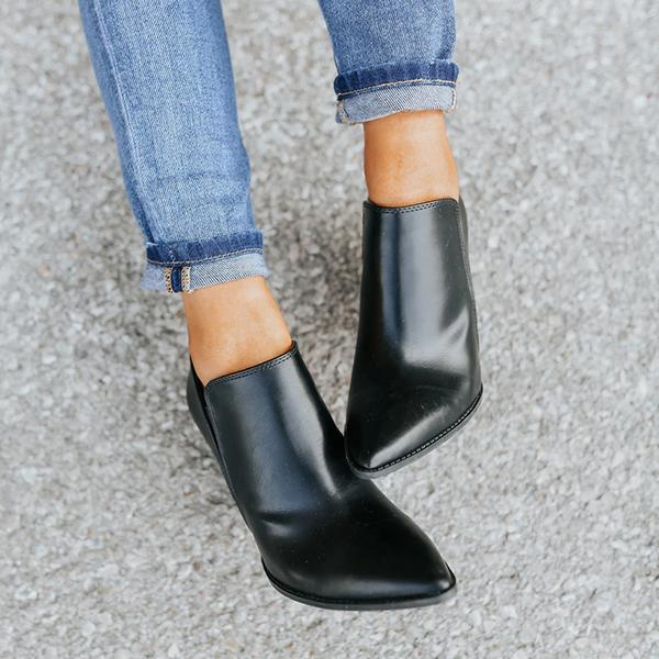 Bonnieshoes Faux Leather Pointed Booties