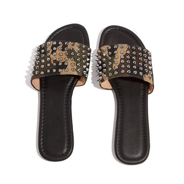 Zoeyootd Studded Spiked Strap Lightly Padded Insole Slippers