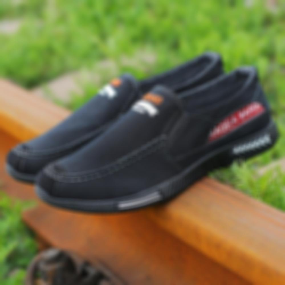 Men Washed Canvas Low Top Comfy Soft Slip On Casual Shoes