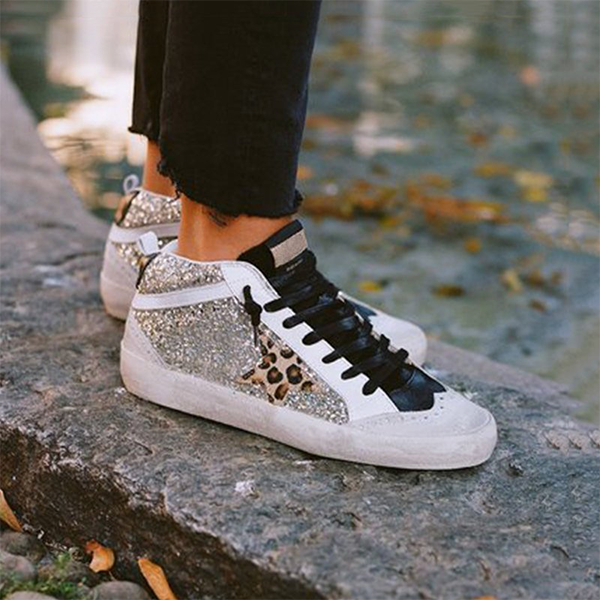 Zoeyootd Daily Shiny Lace Up Sneakers