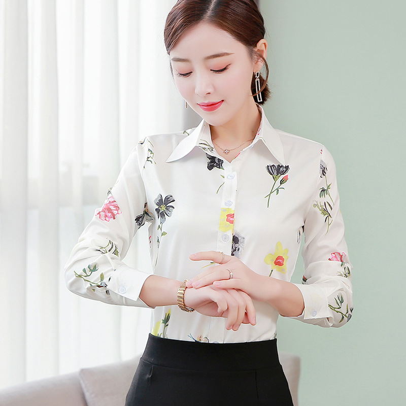 Ladies print shirt