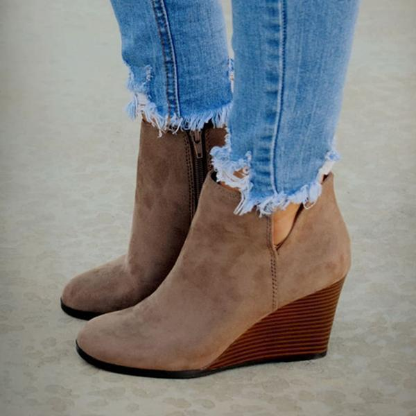 Zoeyootd Side Slit Wedge Booties
