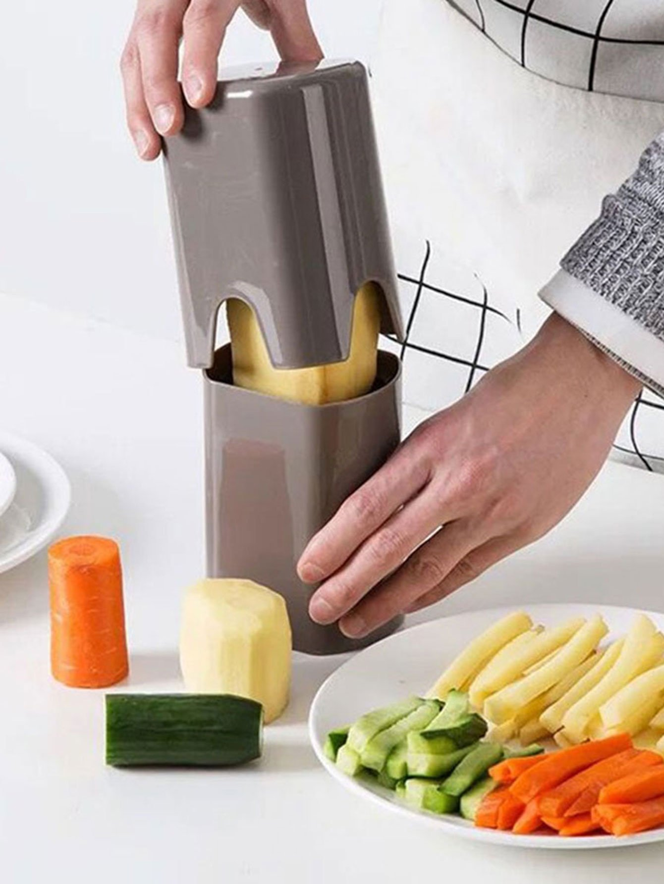 Random Multifunctional  Potato Cutter 1pc