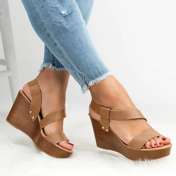 Bonnieshoes Plain Peep Toe Casual Date Wedge Sandals