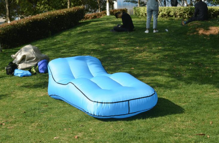 Easy-Inflate Bed