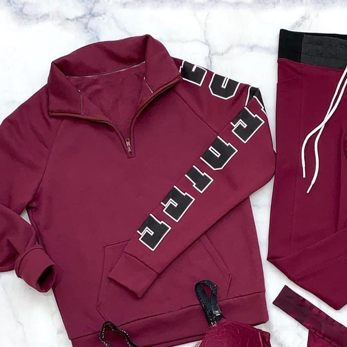 Letter sports suit(Underwear is not included)