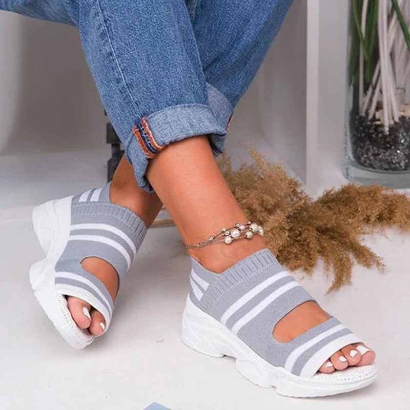 Fashion Ladies Sports Sandals Thick Bottom Slippers Summer Sandals Flat Bottom Female Casual Thick Bottom Sandals