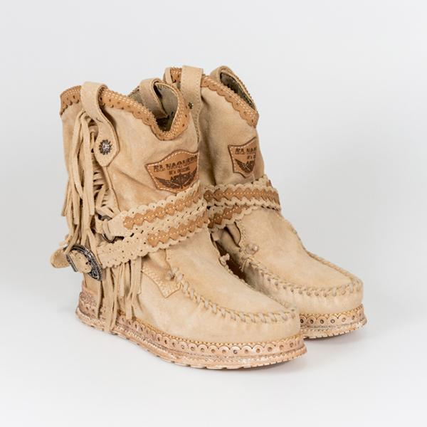 Zoeyootd  Vintage Tassel Stone-Washed Boots