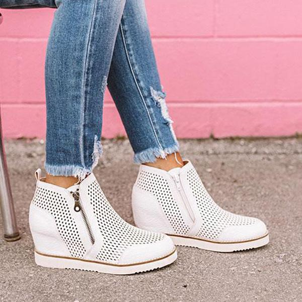 Bonnieshoes The Camber Perforated Zipper Sneakers