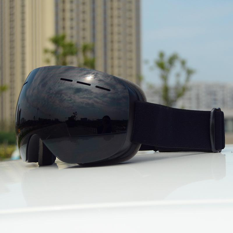 Borderless large field of view UV protection ski goggles