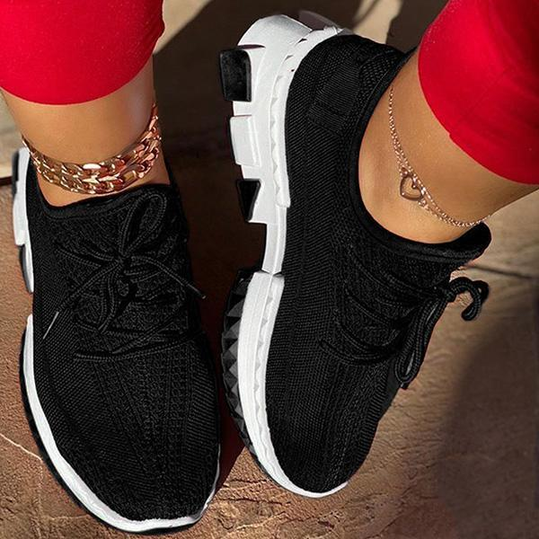 Faddishshoes Round Toe Lace-Up Low-Cut Upper Plain Sneakers