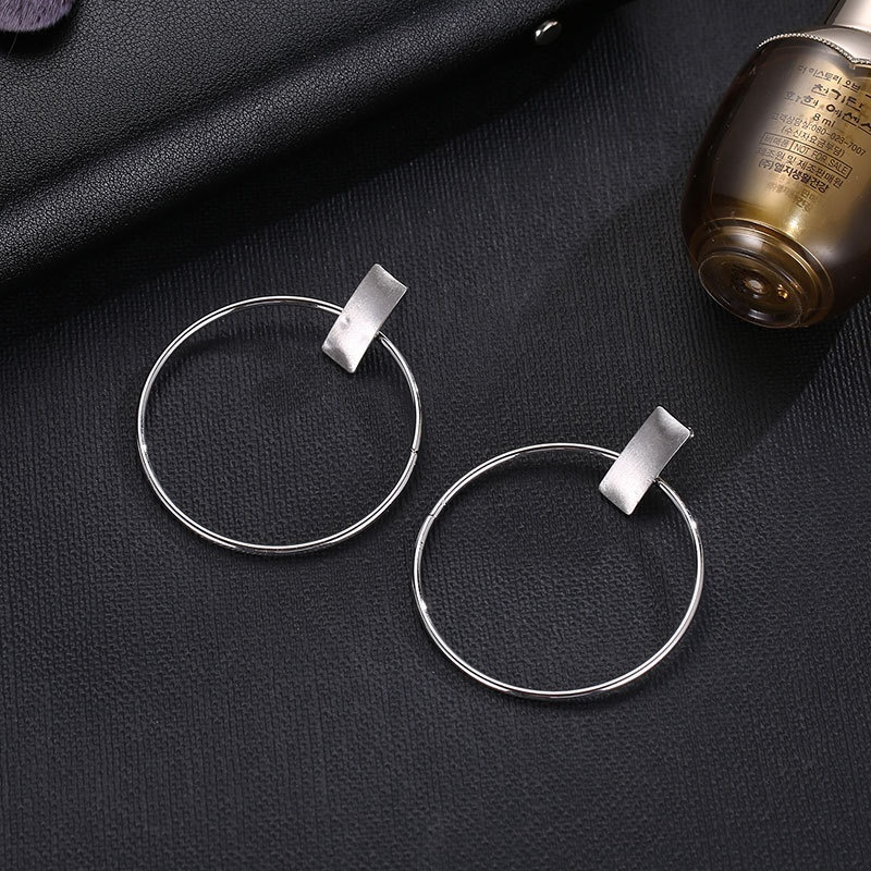 Minimalist Big Circle Round Earrings for Women Elegant Silver Color Geometric Statement Stud Earrings Fashion Jewelry