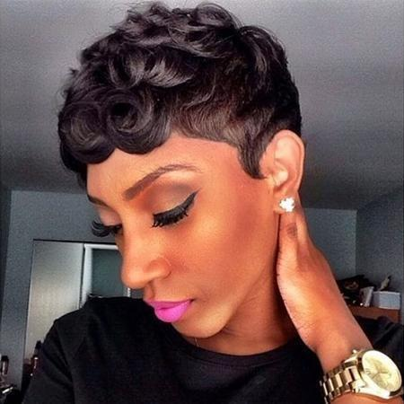 Luna Wig C15 Women Soft Curly Very Short Layered for African American